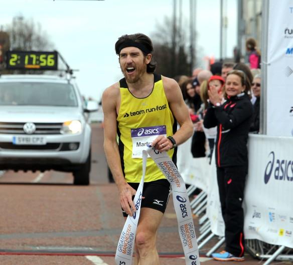 Manchester Marathon 2015  finish mens winner Paul Martelletti