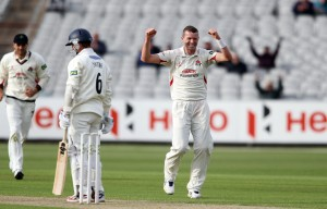 LANCASHIRE COUNTY CRICKET CLUB Emirates Old Trafford LV= County Championship LANCS V GLOUCESTERSHIRE 10/05/15 Day1 Peter Siddle  takes the wicket of Smith