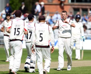 LANCASHIRE COUNTY CRICKET CLUB Emirates Old Trafford LV= County Championship LANCS V GLOUCESTERSHIRE 11/05/15 Day2 Peter Siddle takes Miles LBW