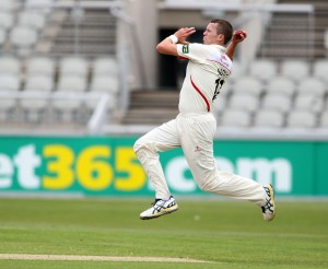 LANCASHIRE COUNTY CRICKET CLUB Emirates Old Trafford LV= County Championship LANCS V GLOUCESTERSHIRE 10/05/15 Day1 peter Siddle bowling