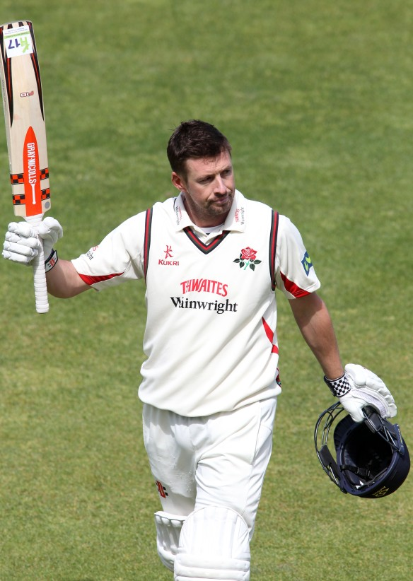 LANCASHIRE COUNTY CRICKET CLUB Emirates Old Trafford LV= County Championship LANCS V GLOUCESTERSHIRE 12/05/15 Day3 Paul Horton
