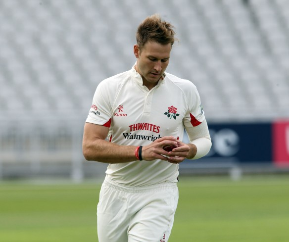LANCASHIRE COUNTY CRICKET CLUB Emirates Old Trafford LV= County Championship LANCS V GLOUCESTERSHIRE 12/05/15 Day3 Kyle Jarvis bowling