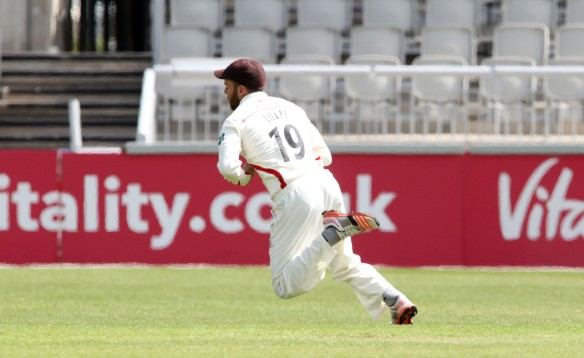 LANCASHIRE COUNTY CRICKET CLUB Emirates Old Trafford LV= County Championship LANCS V GLOUCESTERSHIRE 13/05/15 Day4 Arron Lilley takes the catch to dismiss Miles off the bowling of Peter Siddle