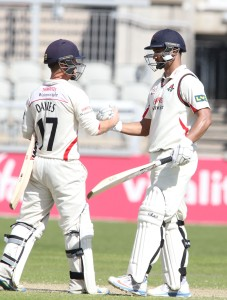 LANCASHIRE COUNTY CRICKET CLUB Emirates Old Trafford LV= County Championship LANCS V GLOUCESTERSHIRE 13/05/15 Day4 Alviro Petersen and Alex Davies 100 partnership