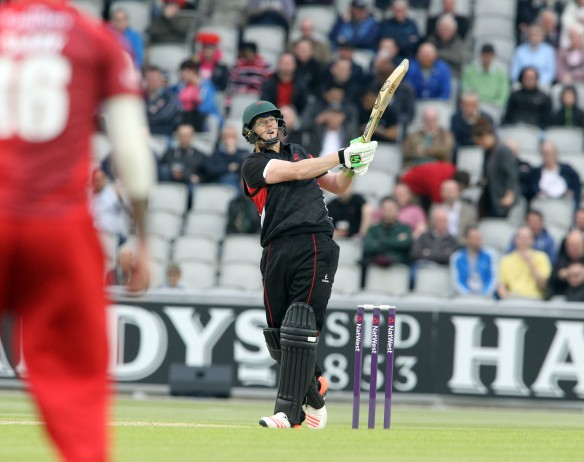 LANCASHIRE COUNTY CRICKET CLUB Emirates Old Trafford NatWest t20 Blast, North Group:  Lancashire Lightning v Leicestershire Foxes 15/05/15 leicsEJH Eckersley c Brown b Croft