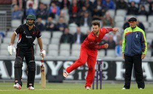 LANCASHIRE COUNTY CRICKET CLUB Emirates Old Trafford NatWest t20 Blast, North Group:  Lancashire Lightning v Leicestershire Foxes 15/05/15 Arron Lilley bowling