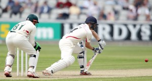 LANCASHIRE COUNTY CRICKET CLUB Emirates Old Trafford Lancashire v Leicestershire LV= County Championship Division Two, 15/06/15 Karl Brown batting