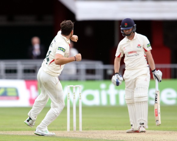 LANCASHIRE COUNTY CRICKET CLUB Emirates Old Trafford Lancashire v Leicestershire LV= County Championship Division Two, 15/06/15 Karl Brown LBW