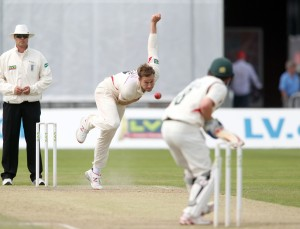LANCASHIRE COUNTY CRICKET CLUB Emirates Old Trafford Lancashire v Leicestershire LV= County Championship Division Two, 16/06/15 Kyle Jarvis bowling