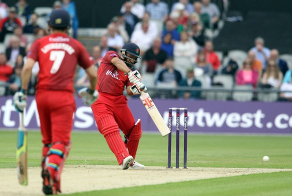 LANCASHIRE COUNTY CRICKET CLUB Emirates Old Trafford Lancashire Lightning v Derbyshire  Nat West t20 Blast 12/06/15 Ashwell Prince batting