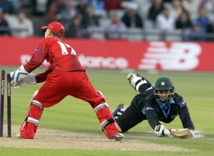 LANCASHIRE COUNTY CRICKET CLUB Emirates Old Trafford Lancashire Lightning v Worcestershire Rapids Nat West t20 Blast 18/06/15 D'Oliveira is run out  (faulkner)