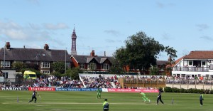 LANCASHIRE COUNTY CRICKET CLUB Blackpool Cricket Club Royal London One-Day Cup Lancashire v Middlesex 29/07/15 James Faulkner bowls