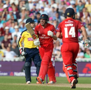 lancs batting James Faulkner hits the winning 6 six Nat West t20 Blast Finals day Edgbaston semi final LANCASHIRE COUNTY CRICKET CLUB v Hampshire 29/08/15