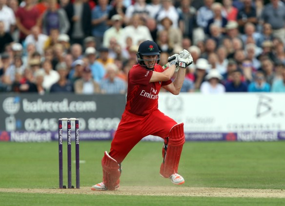 KENT COUNTY CRICKET CLUB t20 blast Quarter final Kent v Lancashire  15/08/15 James Faulkner hits the winning ball