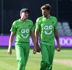 LANCASHIRE COUNTY CRICKET CLUB Emirates Old Trafford Royal London One-Day Cup Lancashire v Warwickshire 02/08/15 James Faulkner and Tom Bailey