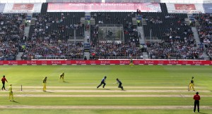 ENGLAND v AUSTRALIA Royal London One Day Series LANCASHIRE COUNTY CRICKET CLUB Emirates Old Trafford 08/09/15
