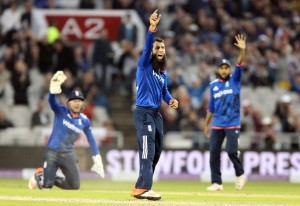 Moeen Ali ENGLAND v AUSTRALIA Royal London One Day Series LANCASHIRE COUNTY CRICKET CLUB Emirates Old Trafford 08/09/15