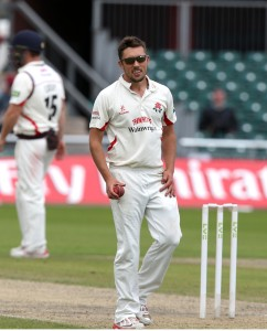 Simon Kerrigan bowls Roy LANCASHIRE COUNTY CRICKET CLUB Emirates Old Trafford LV= County Championship Lancashire v Surrey 15/09/15