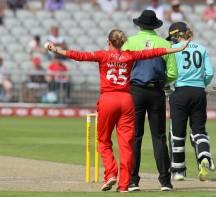 thunder v surrey 1st innings-pdiphotoandfilm13