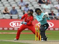 thunder v surrey 1st innings-pdiphotoandfilm15